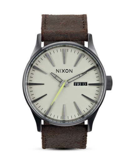Quarzuhr Sentry Leather A105 1388-00 Gunmetal / Brown NIXON braun,grau 3608700055060
