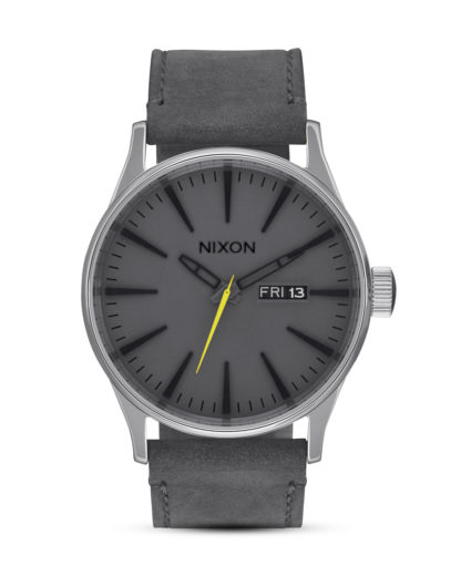Quarzuhr Sentry Leather A105-147 Charcoal NIXON grau,silber 3608700746579